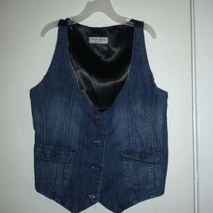 NWT Clash Jeans Vest (M)